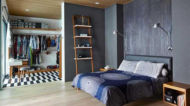 Manfaatkan Ruang Antara Kamar Tidur dan Kamar Mandi